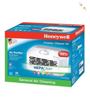 Honeywell HEPA-Type Tabletop Air Purifier for Sale in Garden Grove, CA