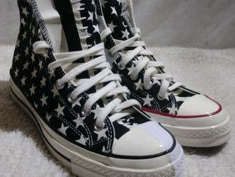 Converse Chuck Taylor 70 All Star Unisex Black/White Shoes in Men's US Size 9 Women 11 for Sale in Marysville,  WA