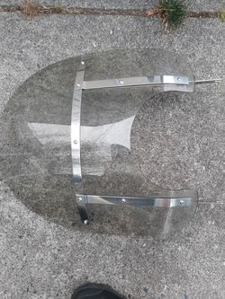 MOTORCYCLE WINDSHIELD FAIRING hardly Davidson's soft tail american plexiglass chrome quick release for Sale in Seattle,  WA
