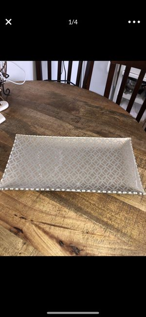 Vanity tray for Sale in Bell Gardens, CA