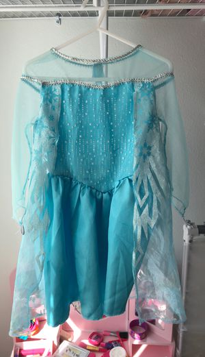 Elsa Halloween costume size 2T for Sale in St. Petersburg, FL