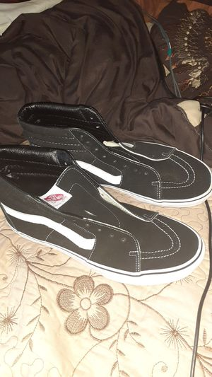 Size 13 Van's sk8 high (mens) for Sale in Los Angeles, CA
