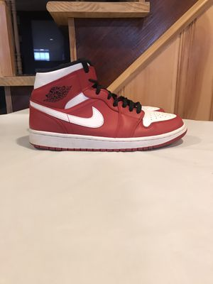 Chicago one mid size 9.5 for Sale in Milford Mill, MD