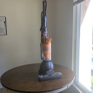 DYSON VACUUM MULTI FLOOR VACUUM DC 40 for Sale in Huntington Beach, CA