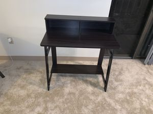 Small computer desk for Sale in Pittsburgh, PA