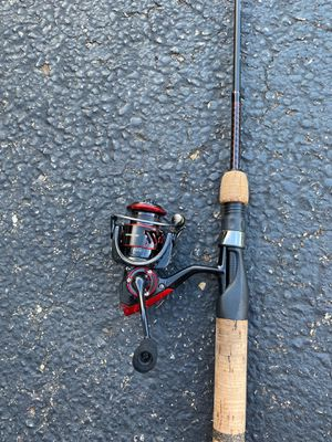 7'0 Ultra Light Fishing Pool with 1000 Spinning Reel for Sale in Cranberry Township, PA