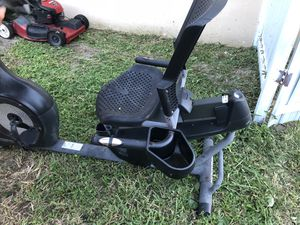 Exercise bike for Sale in Miami Gardens, FL