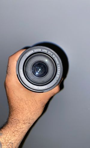 Solid canon 18-135 zoom lense for Sale in W COLLS, NJ