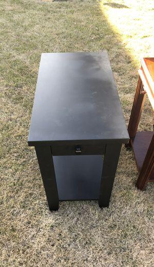 Black side table for Sale in Trussville, AL