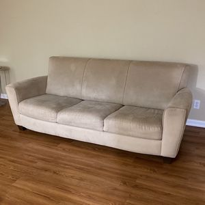 Couch And loveseat for Sale in Vancouver, WA