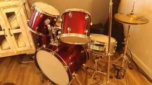 Drum set with seat for Sale in Denver, CO