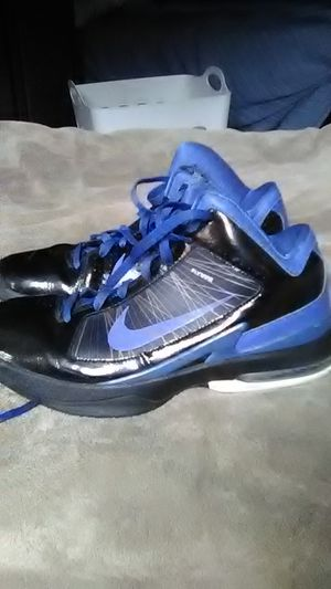 Nike's Flywires, size 8's, Black, Blue and White, $60.00 O.B.O! for Sale in Washington, PA