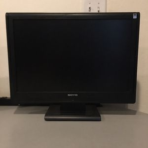 22 inch Soyo LCD Computer monitor for Sale in Fresno, CA