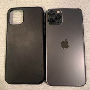 IPhone 11 Pro 256GB Like New Factory Unlocked For All Carriers Worldwide for Sale in Portland, OR