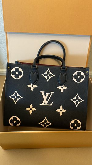 Louis Vuitton ONTHEGO MM bag for Sale in Beverly Hills, CA