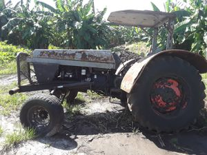 Case farm tractor for Sale in Hollywood, FL
