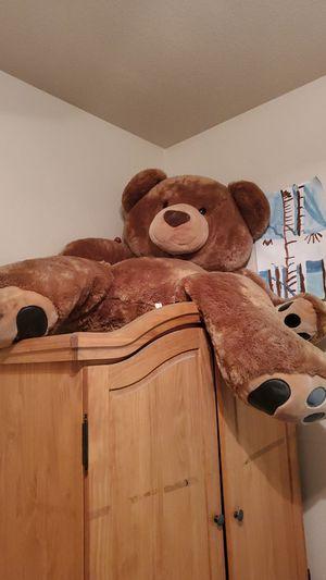 4 foot bear for Sale in Las Vegas, NV