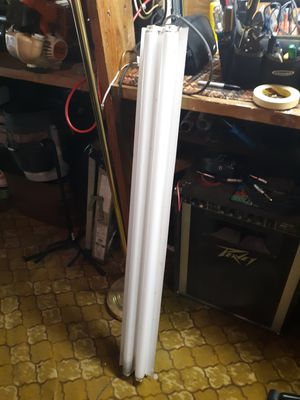 Fluorescent light fixture with two bulbs for Sale in Montgomery, AL