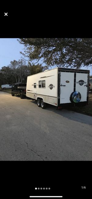 2004 Starcraft 23 toy hauler for Sale in Pinellas Park, FL