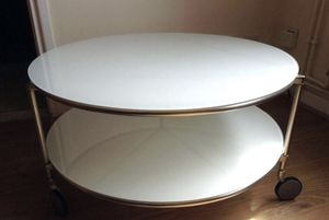 Round white glass coffee table for Sale in San Francisco, CA