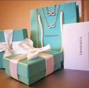 Tiffany & Co. Infinity Necklace & Bracelet Set for Sale in San Diego, CA