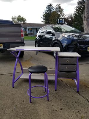 Kid's Art Desk with Drawers and Stool for Sale in Parlin, NJ