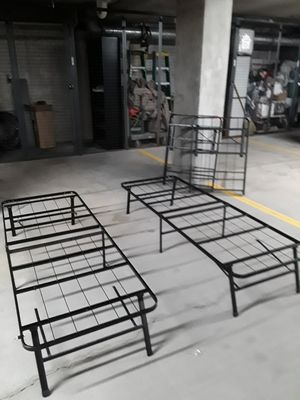 Bed frames for Sale in Elmhurst, IL