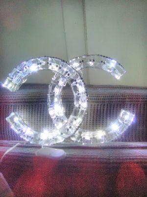 Clear Gem Lighted Designer Look Fab Lamp/Light🎉🎉🎉🎉🎉🎉🎉 for Sale in Clayton, NJ