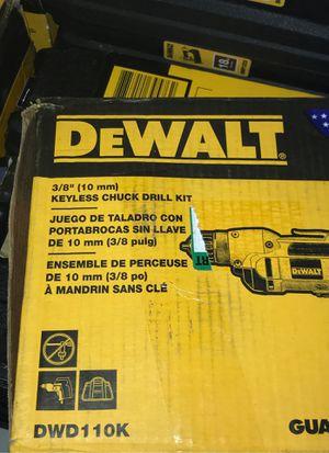 Dewalt 8.0 AMP corded 3/8 keyless chuck drill kit for Sale in Antioch, CA