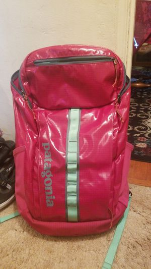 Patagonia Black Hole Hiking Camping Backpack for Sale in Long Beach, CA
