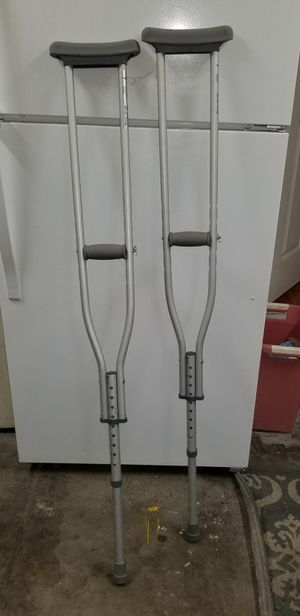 Tall Crutches for Sale in Vacaville, CA