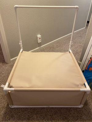 Newborn photography baby poser beanbag like new for Sale in Gilbert, AZ