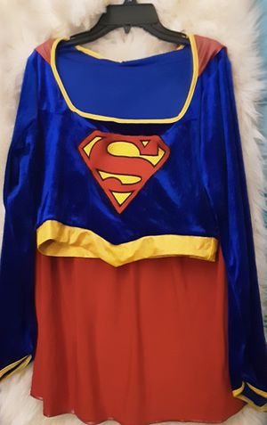 Super girl costume fits a (10-11) year old used for Sale in Bell Gardens, CA
