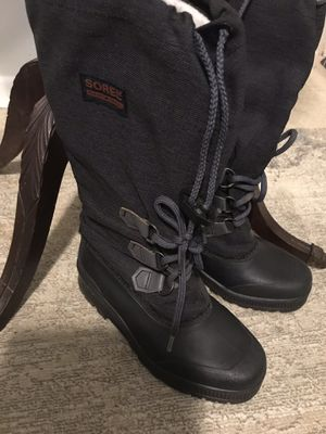 Sorel woman's winter boots size 6 for Sale in Falls Church, VA