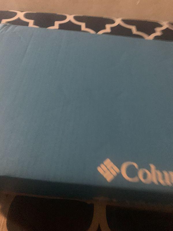 Columbia boots women's sz 9.5 men's 7.5