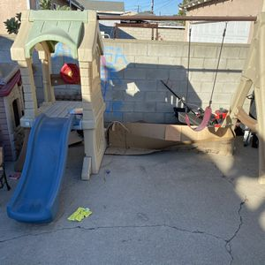 Swing And Slide Set for Sale in Los Angeles, CA