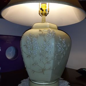 """25.5Tall 16""""Circumference Shade Vintage Handpainted 2-D Artwork Ceramic Glass Coated Lamp for Sale in Palm City, FL"""