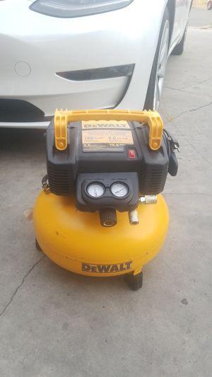 DEWALT DEWALT 6 Gal. 165 PSI Electric Pancake Air Compressor retail $169 for Sale in Anaheim, CA