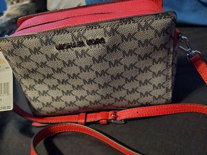 Michael kors crossbody purse for Sale in Hawthorne, CA