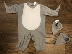 BRAND NEW shark costume 6-12 for Sale in Staten Island, NY
