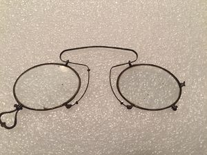 Antique wire framed eye glasses. Please check my other items for Sale in Coral Gables, FL