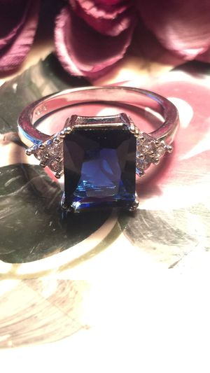Emerald cut deep blue lab quality sapphire with pretty white sapphires triangle Shape on stamped sterling silver band size 9. Gift boxed Free ship for Sale in Northfield, OH