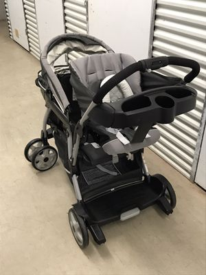 Double baby stroller for Sale in Lake Worth, FL