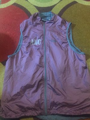 Patagonia vest medium for Sale in Willow Grove, PA