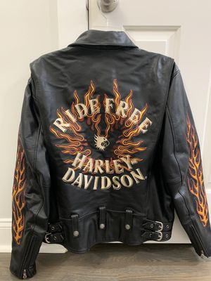 Harley Davidson leather jacket for Sale in Pleasant View, TN