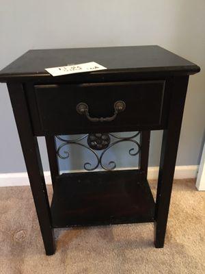 Single Nightstand/Table for Sale in Greensboro, NC