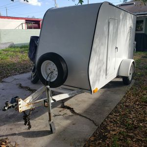 10x4 Enclosed Trailer for Sale in Tampa, FL