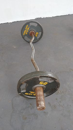 Curl bar and weight s for Sale in Pompano Beach, FL