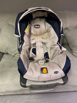 Chico key fit 30 car seat for Sale in Melrose Park, IL