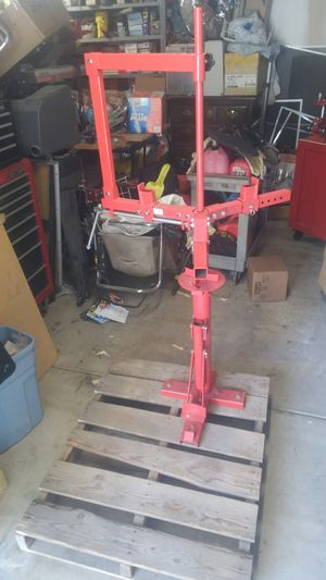Harbor freight manual tire changer for Sale in San Diego, CA